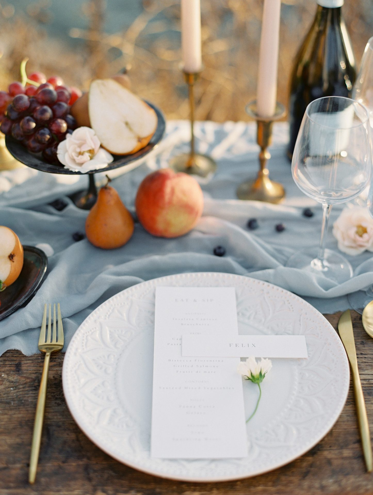 Classy Coastal Elopement In Greece Art De La Table
