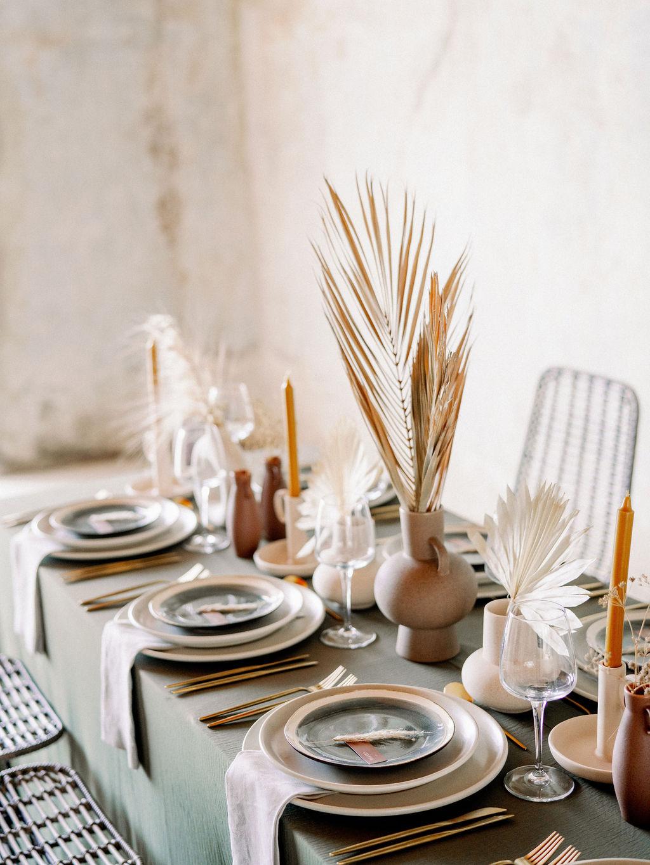 Modern Wedding In Greece - Table Setting