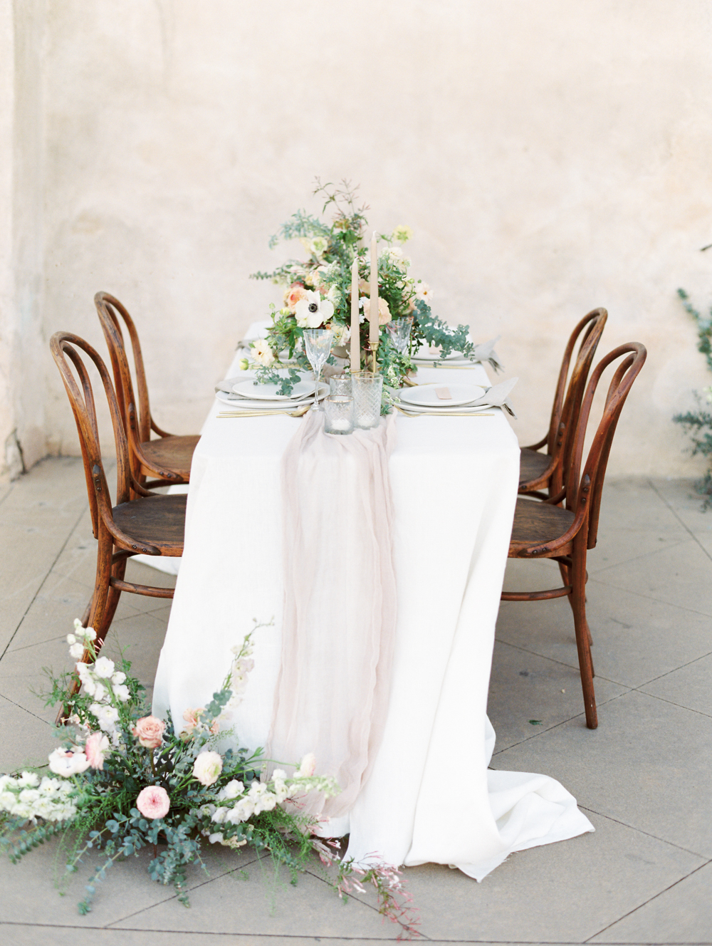 Modern Romantic Elopement Table Setting
