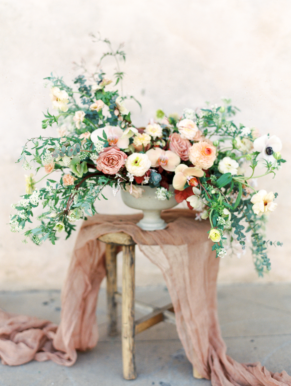 Modern Romantic Elopement Flower Arrangement