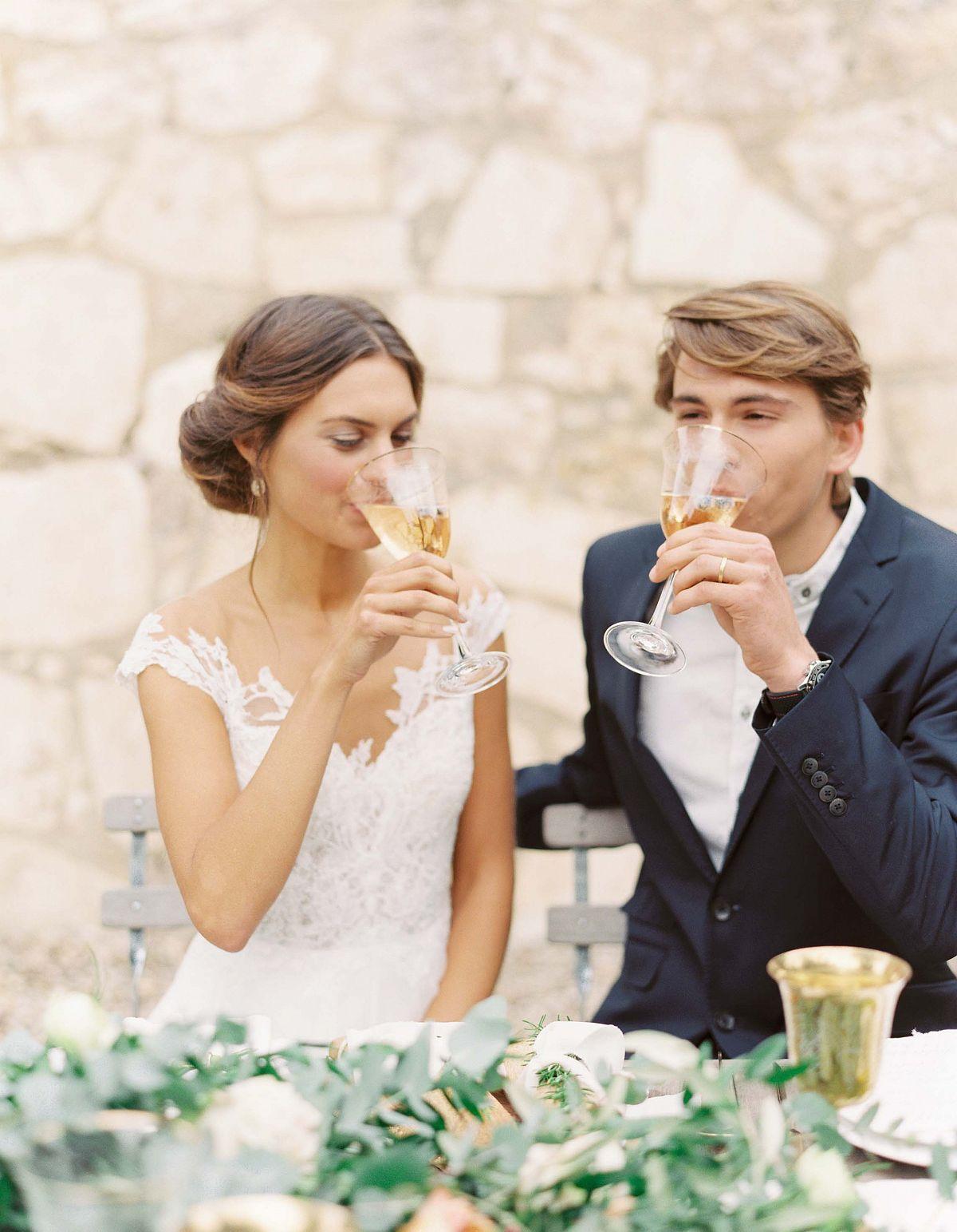 Stylish Al Fresco Wedding In Mani Bride And Groom