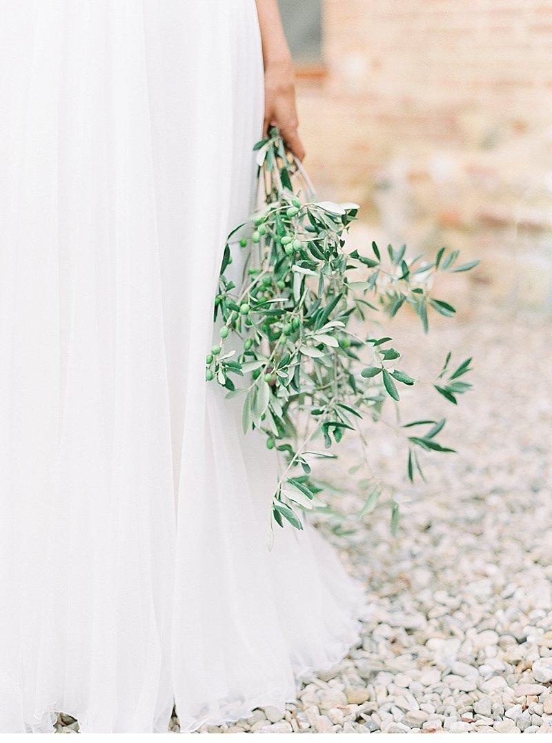 Stylish Al Fresco Wedding In Mani Details