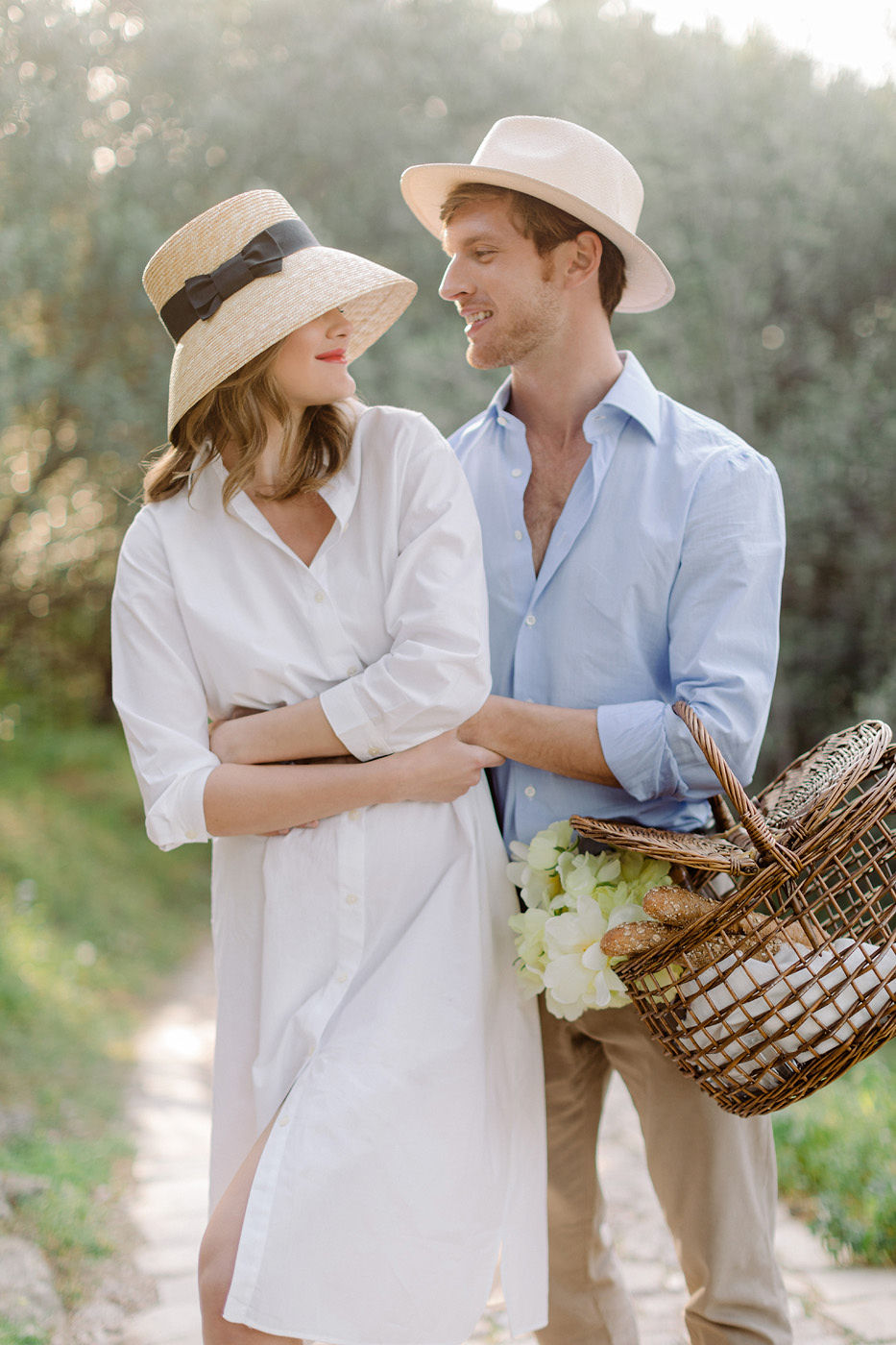 Wedding Proposal In Athens - Romantic Picnic