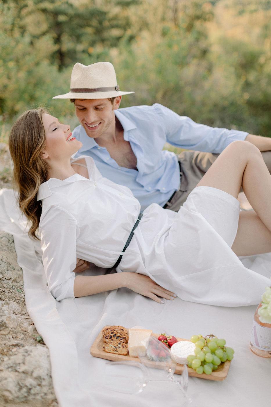 Wedding Proposal In Athens - Picnic